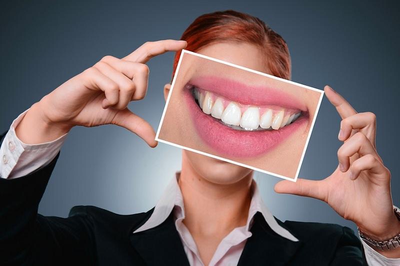 สมุนไพรธรรมชาติดีต่อสุขภาพเหงือกและฟันอย่างไร